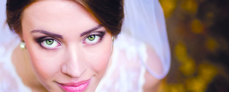 Contacts on Wedding Day